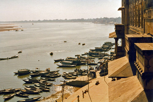 am Ganges in Varanasi